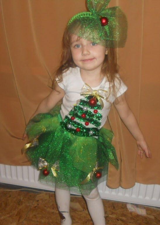 Костюм елочки для девочки своими руками на новый год с помощью степлера и сетки