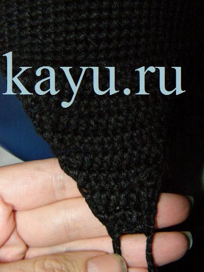 Треугольное ушко для шапки связанное крючком